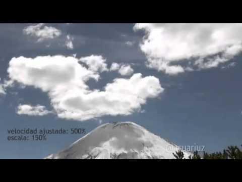 Sfere di luce fuoriescono dal vulcano Parinacota